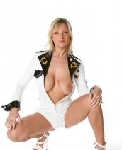 Carol Goldnerova in white