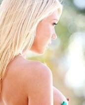 Sexy blonde Shawna Lenee